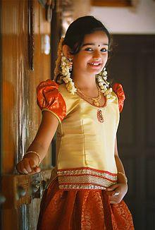 About Baby Meenakshi Actress Biography Detail Info